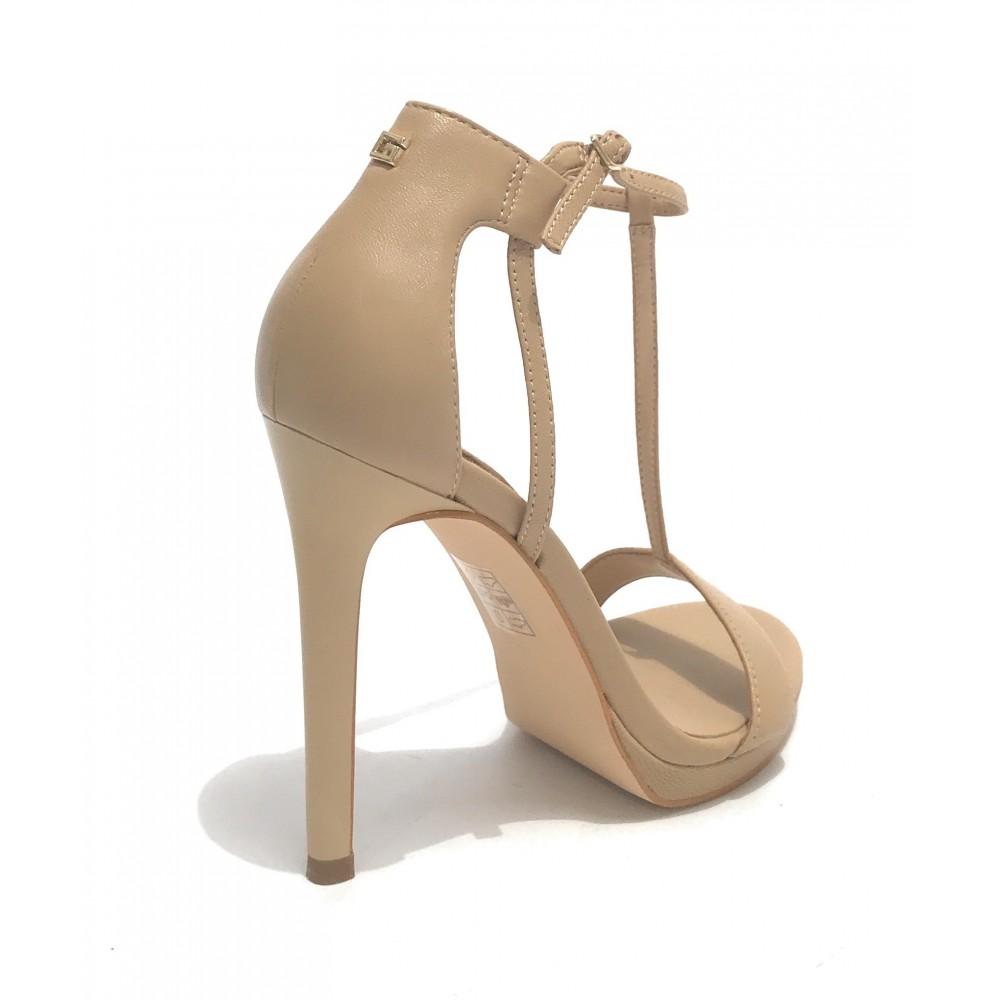 Scarpe di alta qualità Guess Sandali con tacco beige